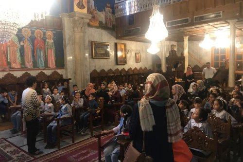 Hamas delegation visit Catholic Church