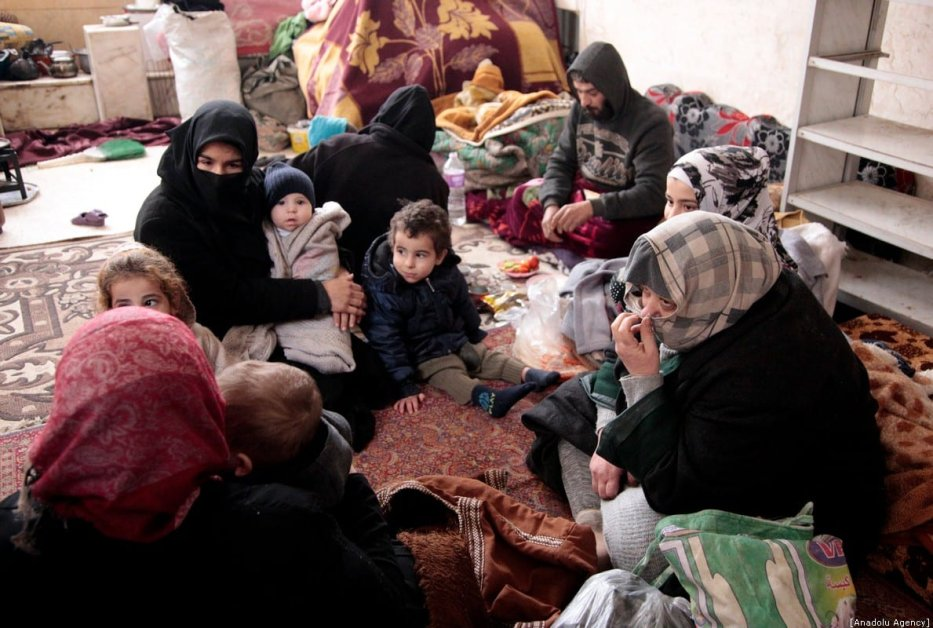 Syrian families take shelter in a mosque at city center due to bombardments in Idlib, Syria on December 28, 2019. [Lale Köklü Karagöz - Anadolu Agency]