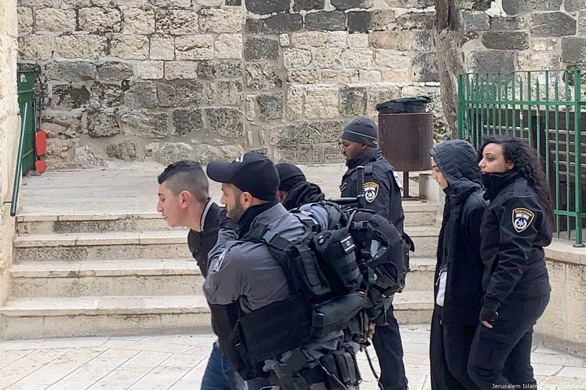Israeli occupation forces arrest Palestinians in Jerusalem on 7 January 2020 [Jerusalem Islamic Waqf /Handout/ Anadolu Agency]