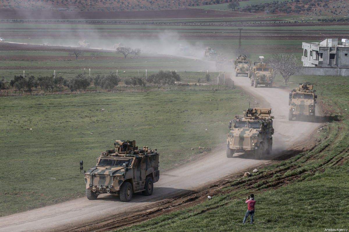 Turkish Armed Forces' reinforcements, including howitzers, tanks, ammunition, armored construction machines and other military vehicles, are being deployed to Syria border on February 16, 2020 as they pass through Reyhanli district of Turkey's Hatay [Cem Genco / Anadolu Agency]