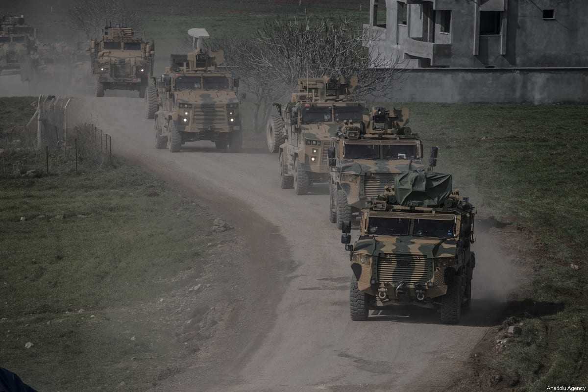 Turkish Armed Forces' reinforcements, including howitzers, tanks, ammunition, armored construction machines and other military vehicles, are being deployed to Syria border on 16 February 2020 as they pass through Reyhanli district of Turkey's Hatay. [Cem Genco - Anadolu Agency]
