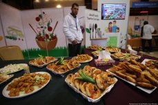 """The first """"Safe Agricultural Products"""" exhibition opened in Gaza last weekend in an effort to spread safe farming approaches in the Strip, in Gaza on 18 February 2020 [Mohammed Asad/Middle East Monitor]"""