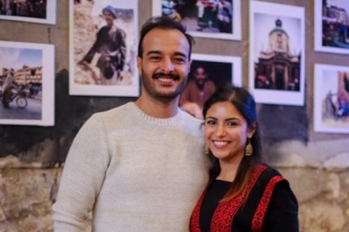 Egyptian journalist Solafa Magdy (R) and her photojournalist husband Hossam El-Sayed. [Twitter]
