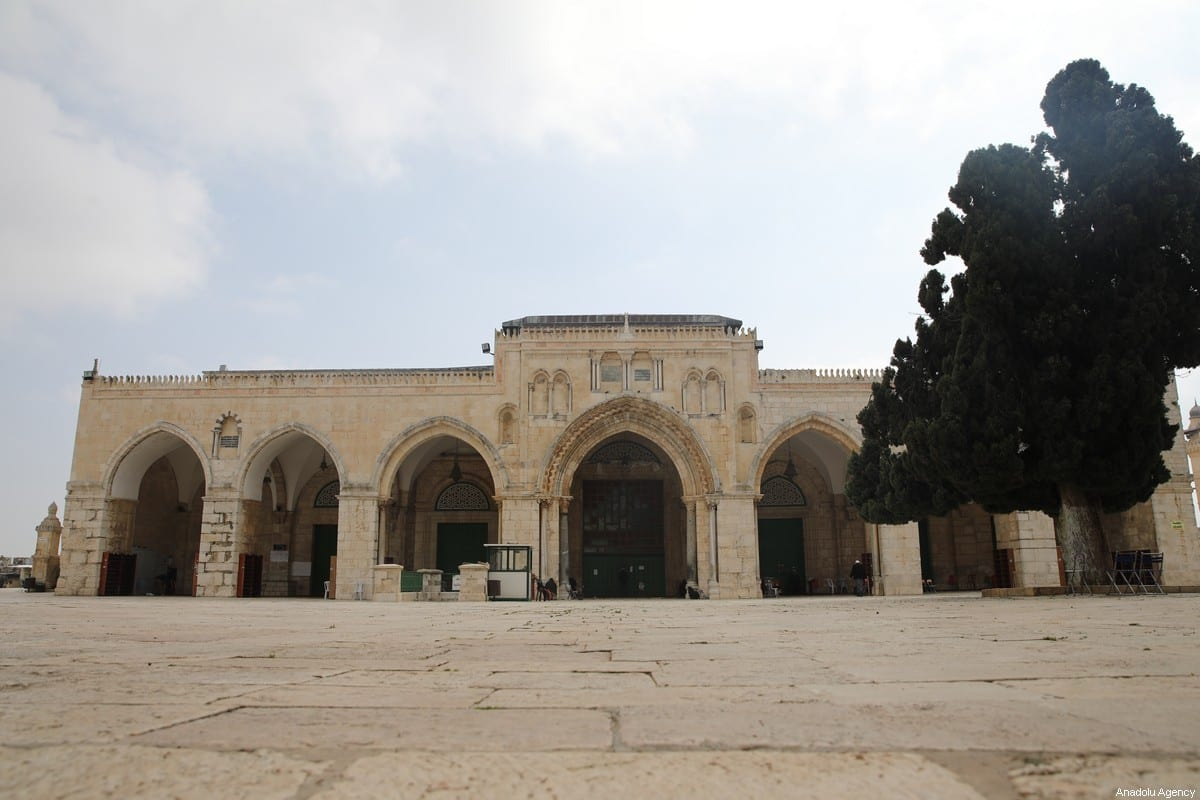 The Islamic Waqf Department announces to close the enclosed prayer places as a precautionary measure to prevent the spread of the coronavirus (COVID-19) outbreak in Jerusalem on March 15, 2020 [Mostafa Alkharouf - Anadolu Agency]