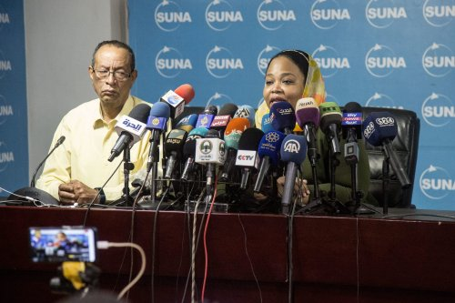 Sudanese Youth and Sports Minister, Wala'a Essam al-Boushi (R) speaks during a press conference on 44 people in quarantine within preventive measures taken against the coronavirus (COVID-19) pandemic in Khartoum, Sudan on 17 March, 2020 [Mahmoud Hjaj/Anadolu Agency]