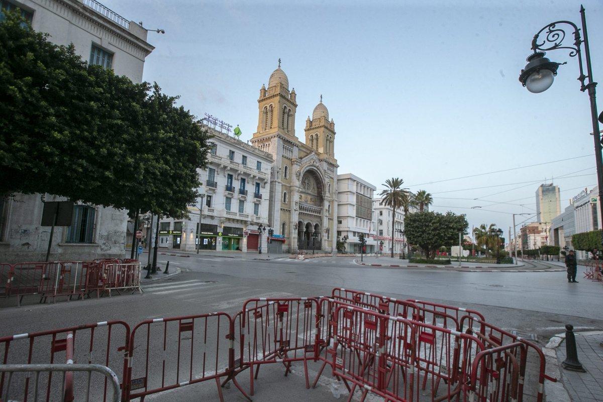 A view of empty Avenue Habib Bourguiba after a daily curfew as part of precautions against coronavirus (COVID-19) in Tunis, Tunisia on 19 March, 2020 [Yassine Gaidi/Anadolu Agency]
