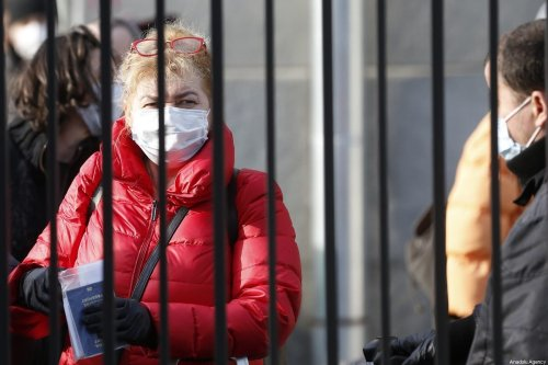 People can be seen wearing face masks as a preventive measure against the coronavirus (Covid-19) in Moscow, Russia on 28 March 2020 [Sefa Karacan/Anadolu Agency]