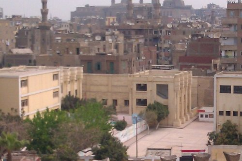 A typical Egyptian school in Cairo, as seen from the outer walls of Ibn Tulun mosque on 31 March 2012. [Wikimedia]