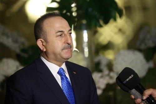 Turkish Foreign Minister Mevlut Cavusoglu in Doha, Qatar on 29 February 2020 [Fatih Aktaş/Anadolu Agency]