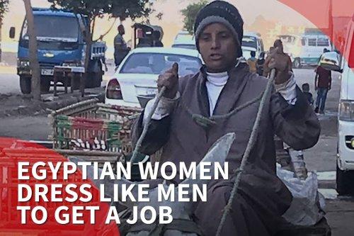 Thumbnail - Egypt women dress like men to get a job