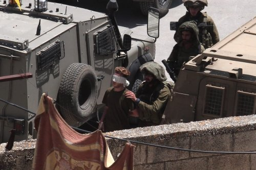 Israeli forces raid Yabed village and arrest a Palestinian in the northern Jenin city, West Bank on 12 May 2020. [Nedal Eshtayah - Anadolu Agency]