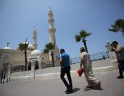 Gaza allowed mosques to remain open on the last Friday of Ramadan in spite of the coronavirus pandemic. 23 May 2020 marked the last Friday in Ramadan [Mohammed Asad/Middle East Monitor]