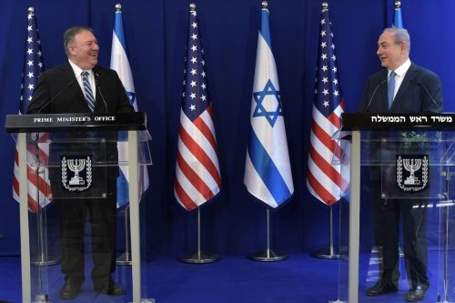 US Secretary of State Mike Pompeo (L) holds a joint press conference with Israeli Prime Minister Benjamin Netanyahu (R) after traveling abroad for the first time amid the novel coronavirus (COVID-19) pandemic in West Jerusalem on May 13, 2020 [Kobi Gideon / GPO / Handout - Anadolu Agency]