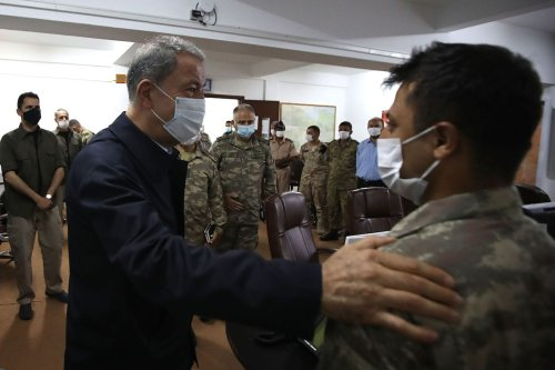 Turkish Defense Minister Hulusi Akar visits operations centre before leaving Libya in Misrata, Libya on 4 July 2020. [Arif Akdoğan - Anadolu Agency]