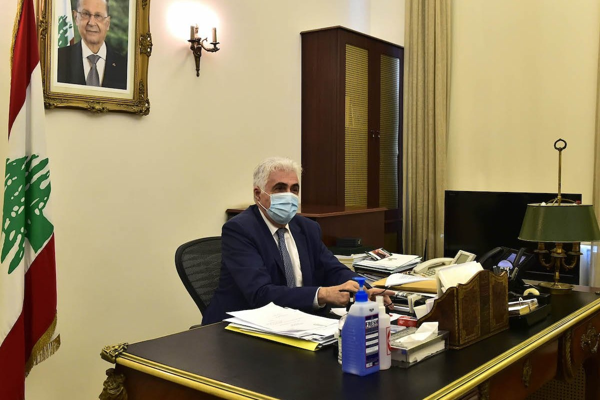 Lebanese Foreign Minister Nassif Hitti, wears a medical mask to protect himself from the novel coronavirus (COVID-19) pandemic, speaks to press after he submitted his resignation to the Prime Minister Hassan Diab at his office in the capital Beirut, on August 3, 2020 [Houssam Shbaro - Anadolu Agency]