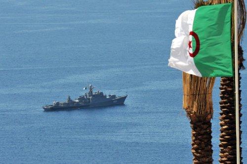 An Algerian frigate patrols along the coast on 19 April 2010 [FAYEZ NURELDINE/AFP/Getty Images]