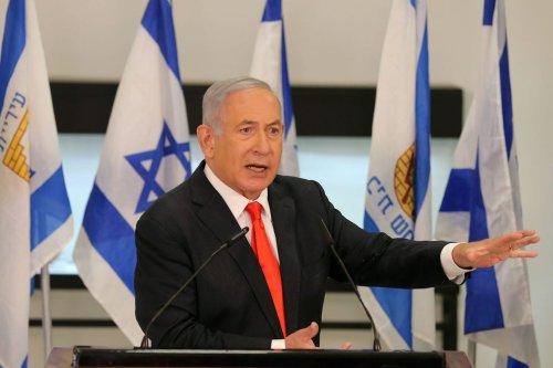 Israeli Prime Minister Benjamin Netanyahu during his visit to the Israeli city of Beit Shemesh near Jerusalem on 8 September 2020. [ALEX KOLOMIENSKY/POOL/AFP via Getty Images]