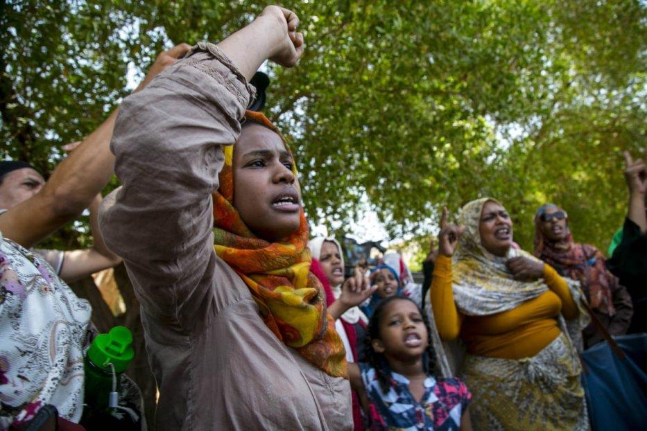 Sudanese women protest in Khartoum, Sudan on September 1, 2020 [Mahmoud Hja/Anadolu Agency]