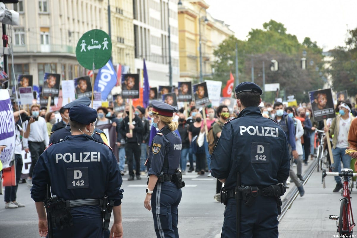 Police take security measures as people gather to stage a protest to show solidarity with asylum seekers and refugees at Heldenplatz square in Vienna, Austria on 3 October 2020. Aşkın [Kıyağan - Anadolu Agency]