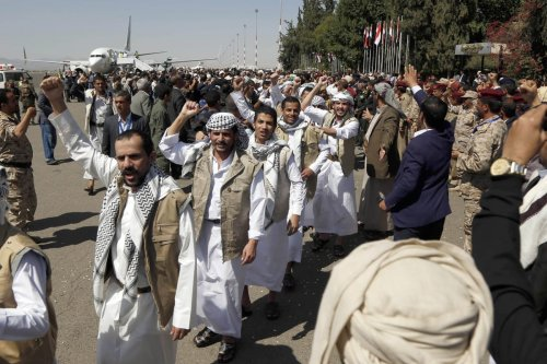 A group of 230 Houthi prisoners arrive at Seyoun Airport by a plane of the International Committee of the Red Cross (ICRC) after the Yemeni government and the Houthi rebel group exchanged prisoners in line with a swap deal between them in Sanaa, Yemen on 15 October 2020. [Mohammed Hamoud - Anadolu Agency]