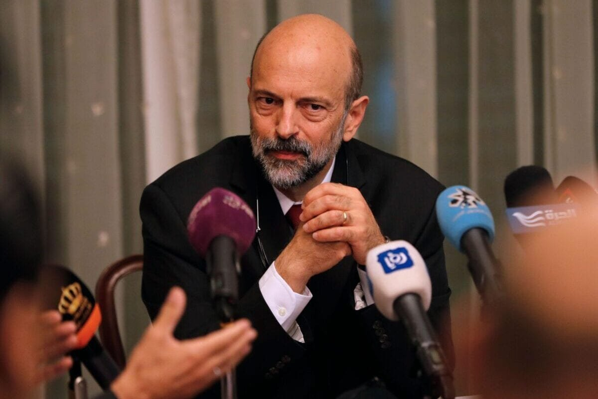 Jordanian Prime Minister Omar al-Razzaz seen at a meeting with members of Union leaders in Amman, on June 7, 2018 [AHMAD GHARABLI/AFP via Getty Images]
