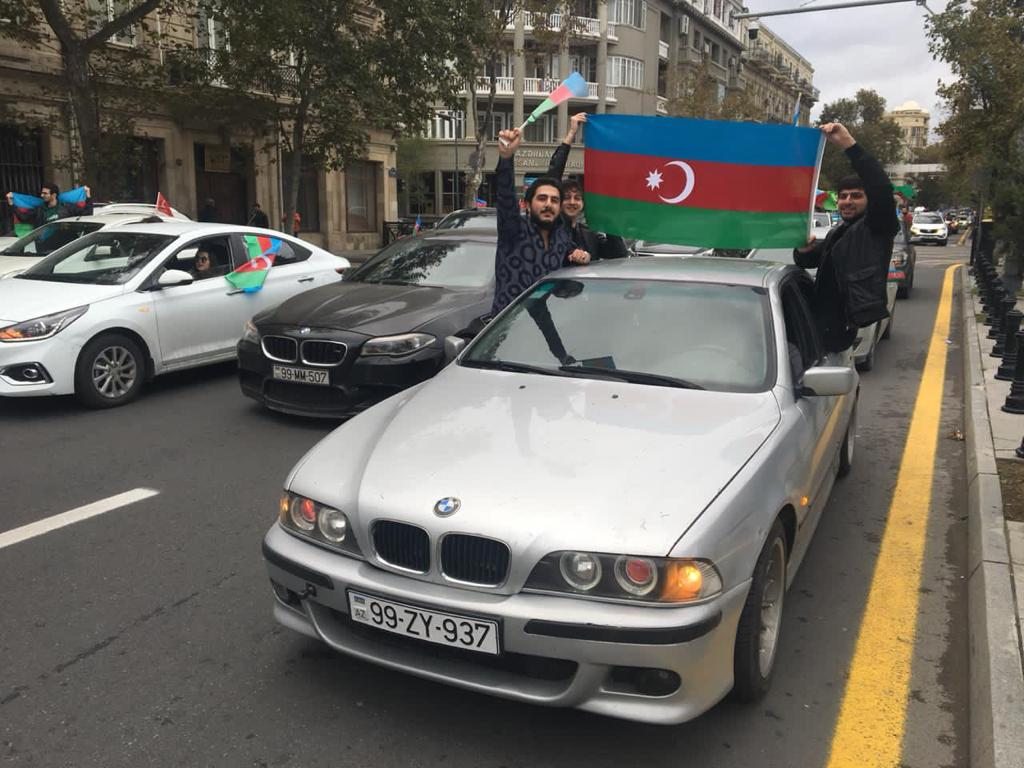 Azerbaijani people celebrate after Shusha city liberated from Armenia's occupation, on 8 November 2020 in Baku, Azerbaijan. [Resul Rehimov - Anadolu Agency]