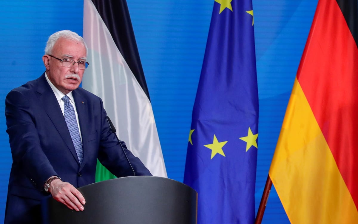 Palestinian Foreign Minister Riyad al-Maliki hold a press conference in Berlin, Germany November 17, 2020 [REUTERS/Hannibal Hanschke/Pool/Anadolu Agency]