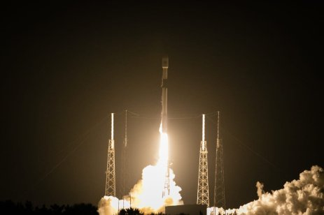 "New Turkish satellite ""Turksat 5A"" carried by a SpaceX Falcon 9 rocket lifts off from Space Launch Complex 40 (SLC-40) at Cape Canaveral Space Force Station in Florida, US on 7 January 2021 [Eva Marie Uzcategui Trinkl/Anadolu Agency]"