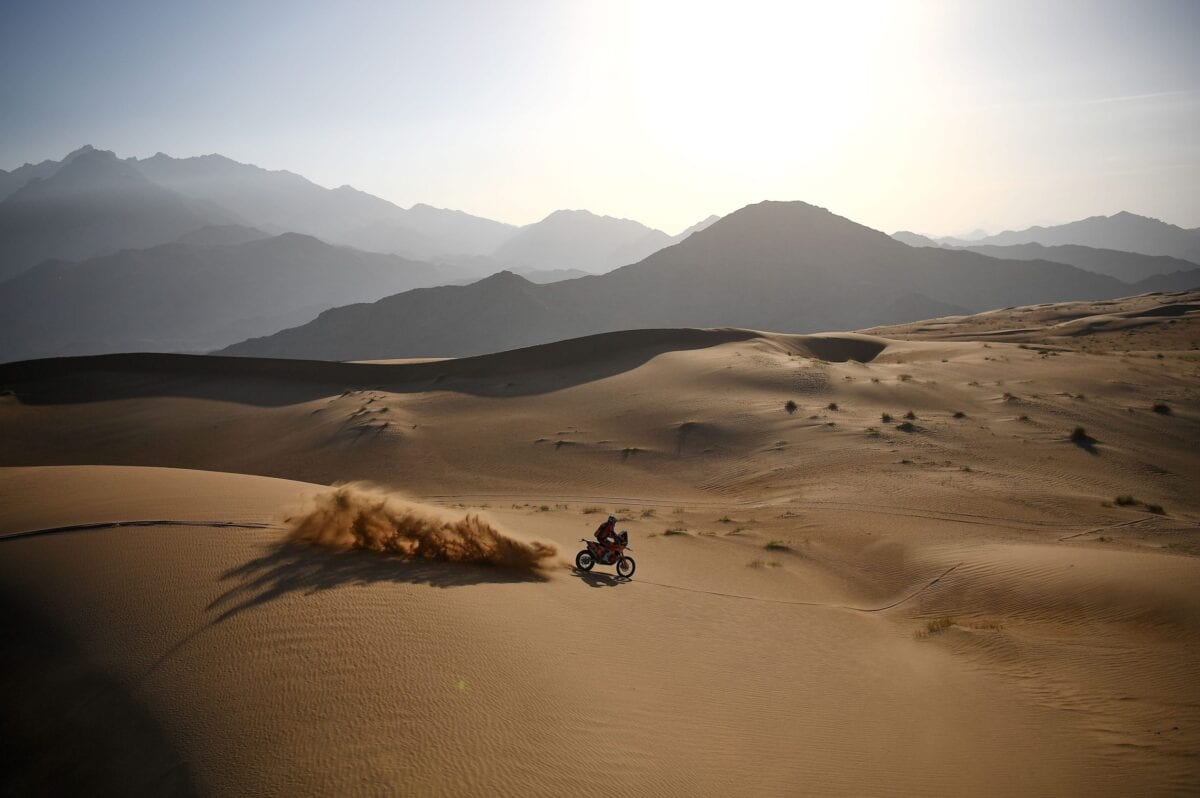 British biker Sam Sunderland powers his KTM during the Stage 12 of the Dakar 2021 between Yanbu and Jeddah, Saudi Arabia, on January 15, 2021. - Argentinian's biker Kevin Benavides won the motorbike category of the Dakar Rally 2021. (Photo by FRANCK FIFE / AFP) (Photo by FRANCK FIFE/AFP via Getty Images)