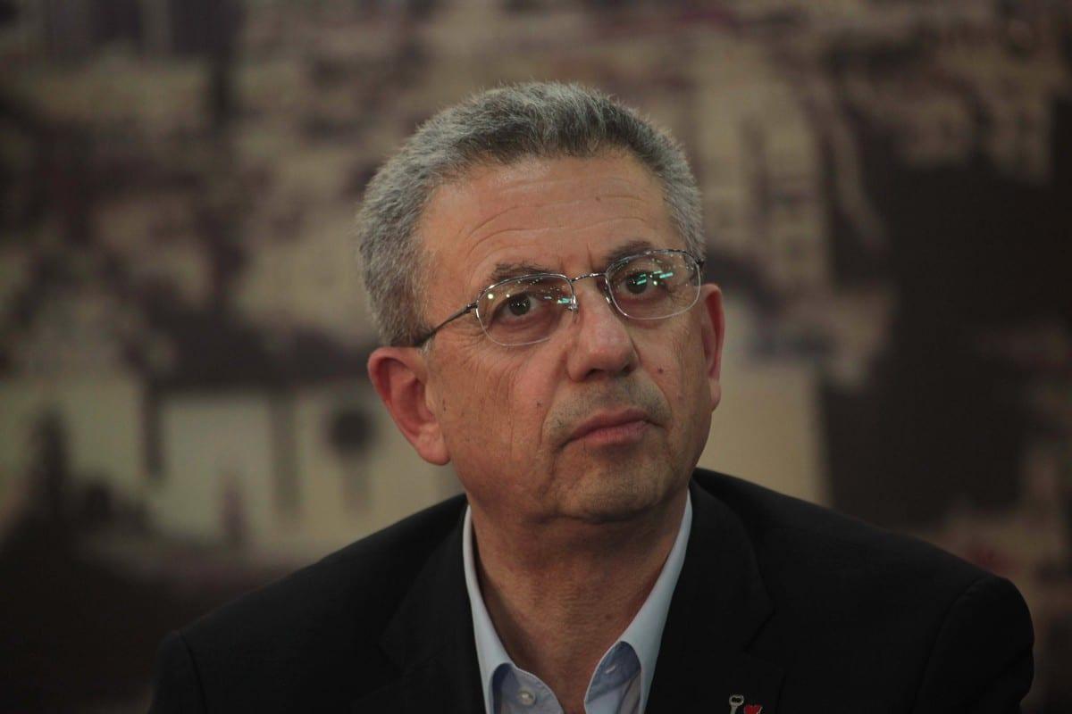 Secretary-General of the Palestinian National Initiative Movement, Mustafa Al-Barghouti in Gaza City on 23 April 2014 [Ashraf Amra/ApaImages]