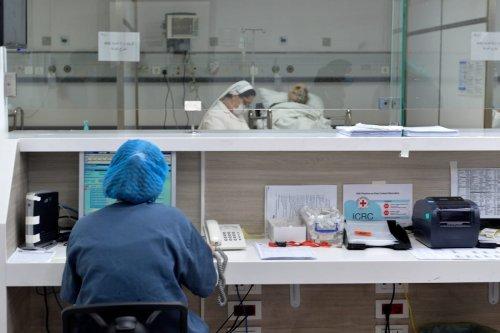 Lebanon hospitals reach full capacity