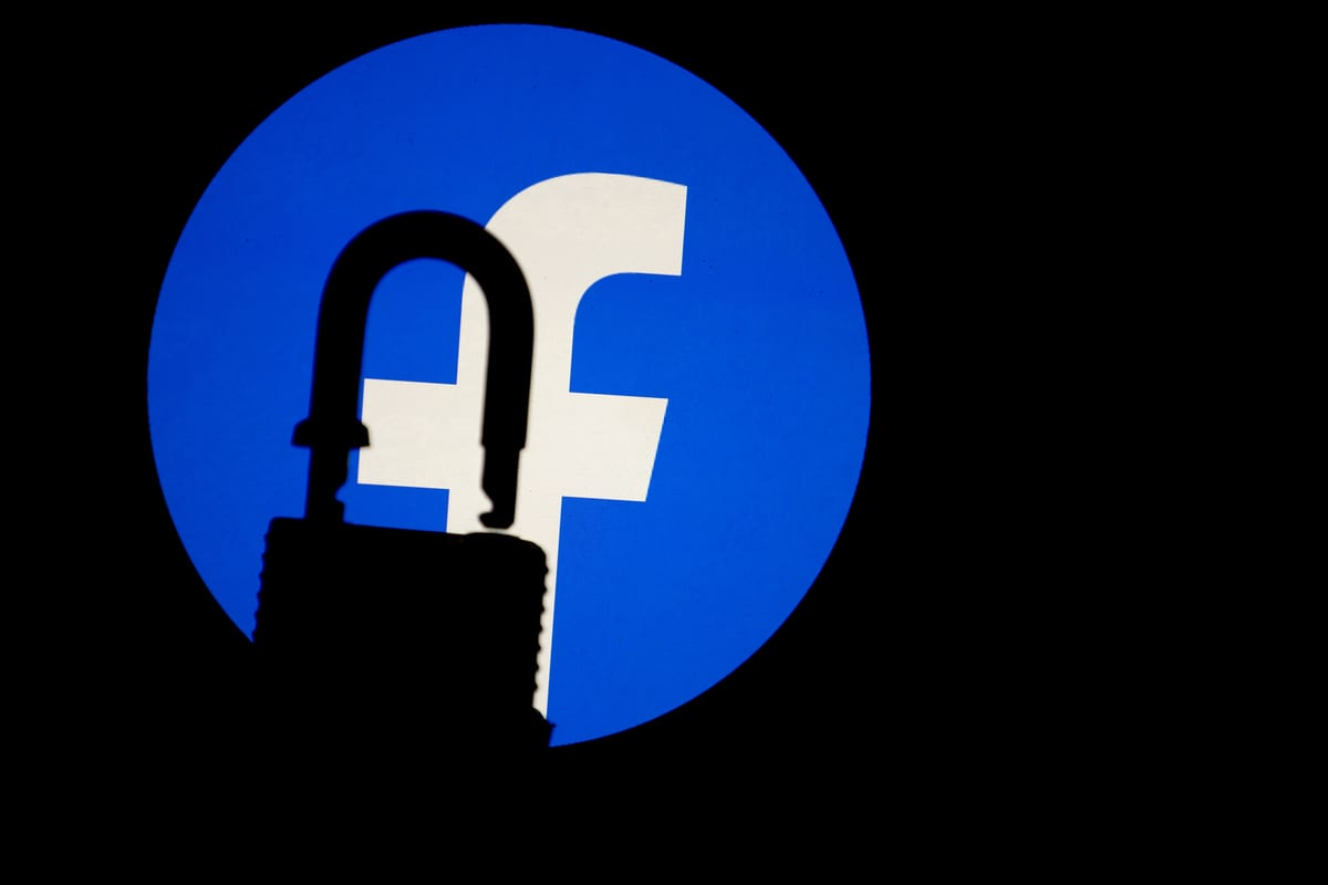 Facebook logo [Mustafa Çiftçi - Anadolu Agency]