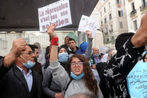 """Algerian anti-government protesters take the streets of the capital Algiers within """"Hirak"""" pro-democracy movement demonstrations in Algeria on 1 March 2021. [Mousaab Rouibi - Anadolu Agency]"""