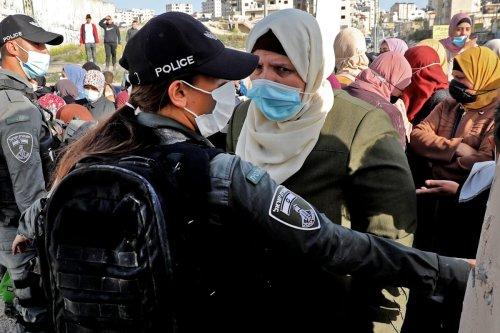 Thumbnail - Israel committing 'apartheid' against Palestinians, HRW says