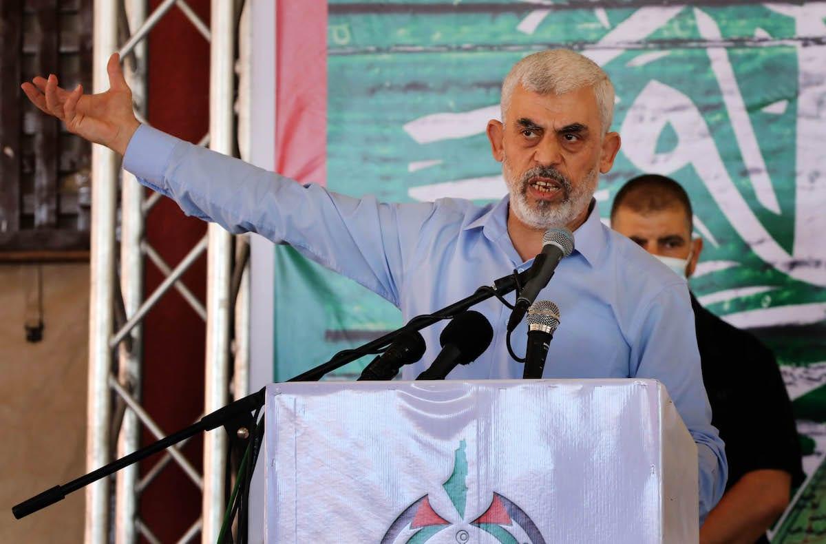 Palestinian leader of Hamas Yahya Sinwar makes a speech during his meeting with academicians in Gaza City, Gaza on June 05, 2021. [Ashraf Amra - Anadolu Agency]