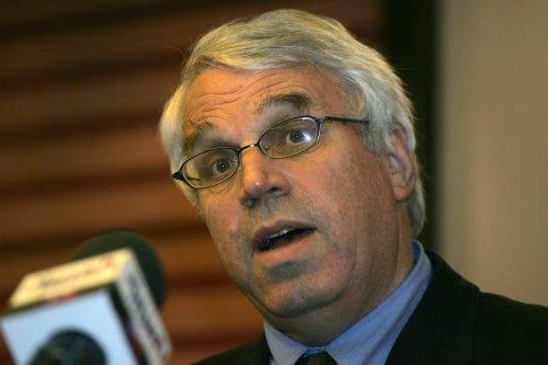 Alon Liel, a former Israeli foreign ministry director general, in Jerusalem, 12 April 2007. [MENAHEM KAHANA/AFP via Getty Images]