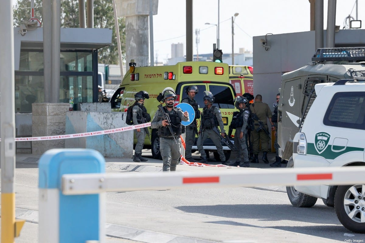 Israeli security forces deploy following a reported attack at the Qalandia checkpoint between the occupied West Bank and Jerusalem, on June 12, 2021 [ABBAS MOMANI/AFP via Getty Images]