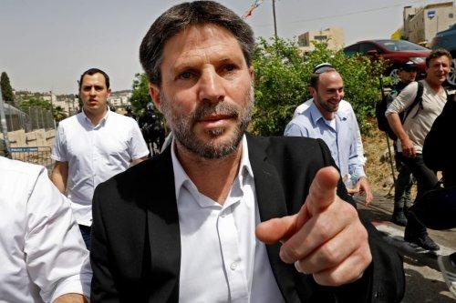 Thumbnail - Sheikh Jarrah: extremist parliamentarians storm Palestinian homes