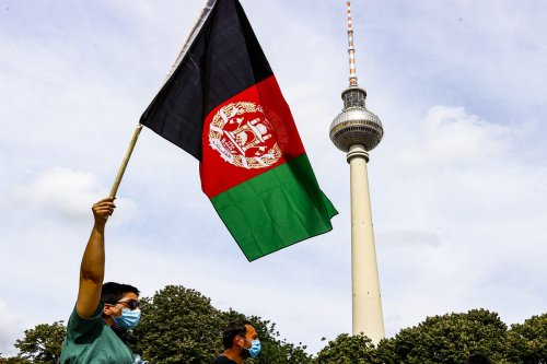 People stage a protest in support of Afghan people in Berlin, Germany on 28 August 2021 [Abdulhamid Hoşbaş /Anadolu Agency]