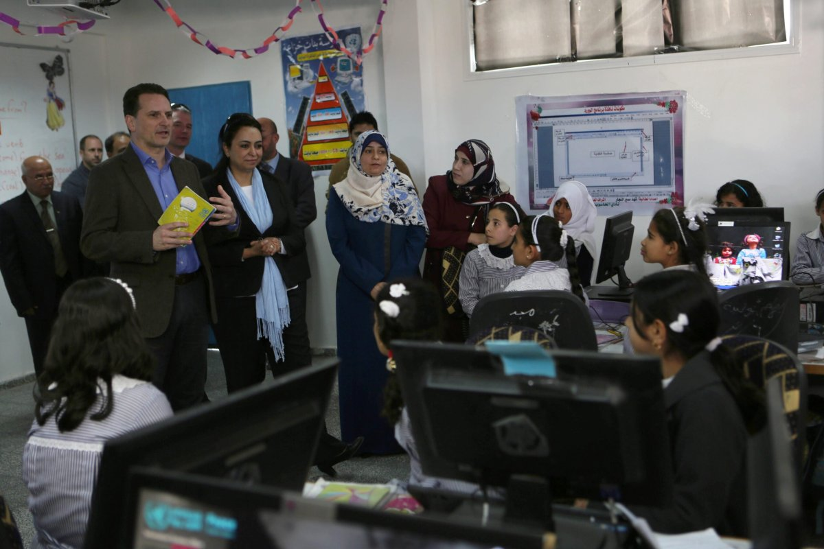 Palestinian students at a computer laboratory on March 22, 2015 in the village of Khuzaa, east of Khan Yunis, in the southern Gaza Strip [SAID KHATIB/AFP via Getty Images]