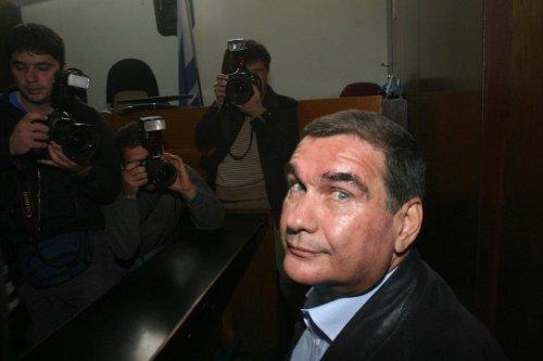 Former Israeli justice minister Haim Ramon in Tel Aviv, 31 January 2007 [RONI SCHUTZER/AFP/Getty Images]