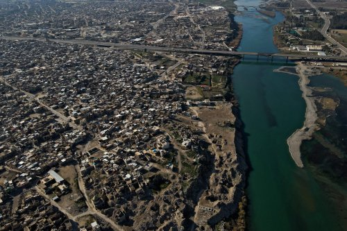 Thumbnail - Iraq's Tigris and Euphrates water levels drop by 50%