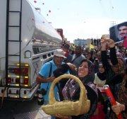 Iran fuel travel from Syria into Lebanon