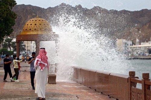 Cyclone Shaheen hits Oman, Iran killing 13