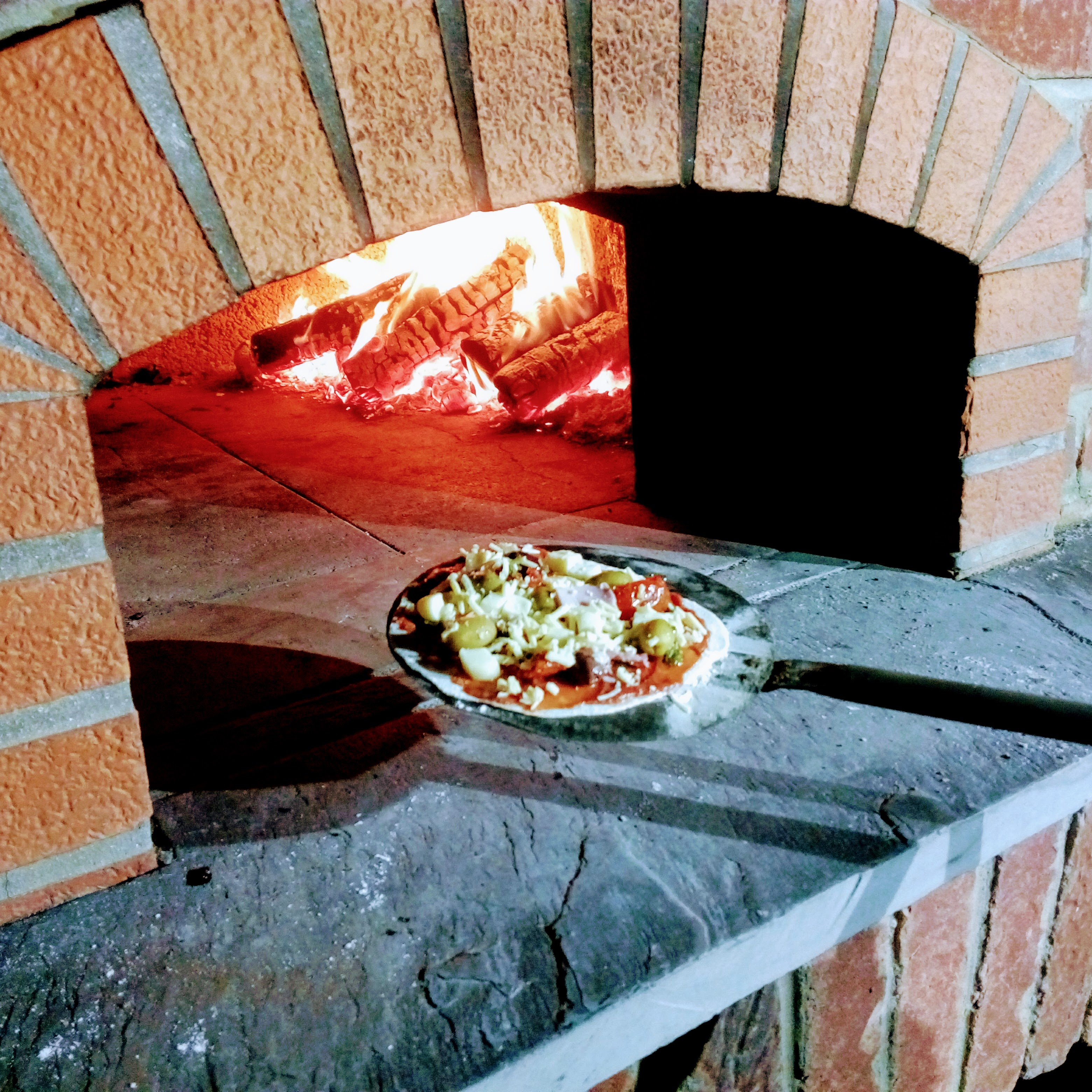 Pizza And People At Middlewick Middlewick Holiday Cottages