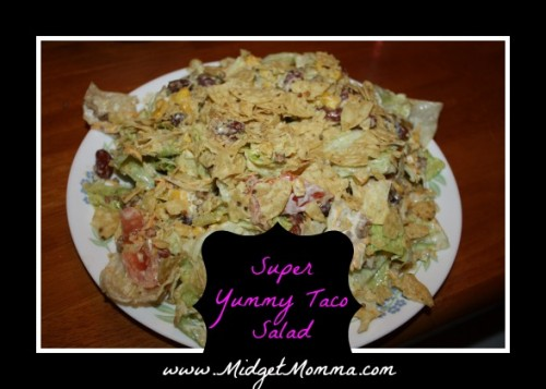 Easy and Super yummy taco salad recipe. It combines taco meat, healthy veggies and homemade guacamole. Its a great take on taco night.