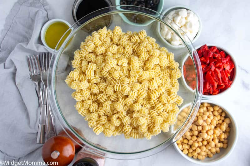 Roasted Red Pepper Pasta Salad ingredients in bowls