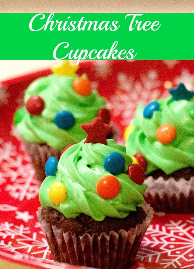 Christmas Tree Cupcakes. Made with homemade buttercream frosting and the best cake ever these Christmas Tree Cupcakes are not only cute but tasty too!
