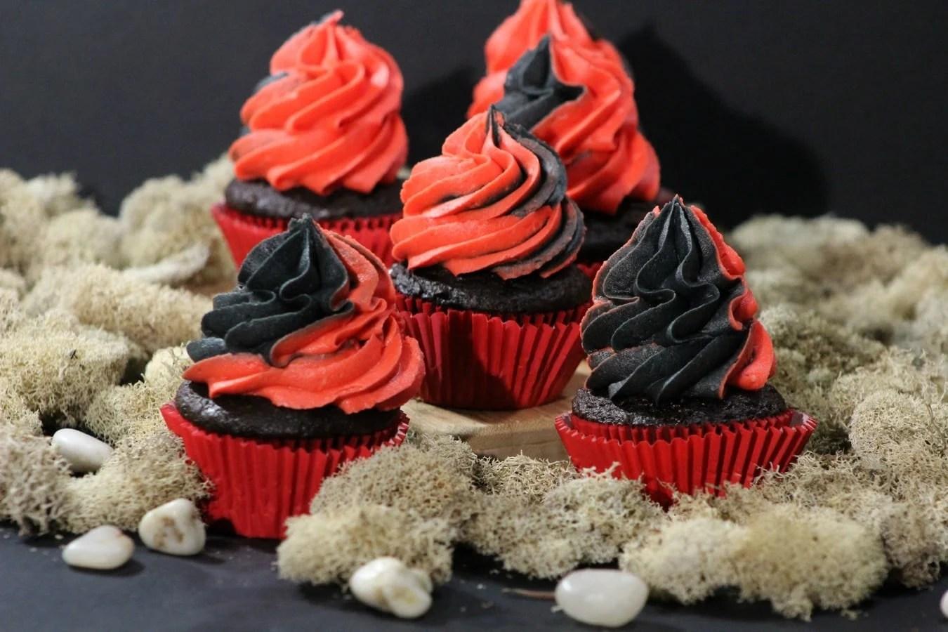 kylo ren cupcake