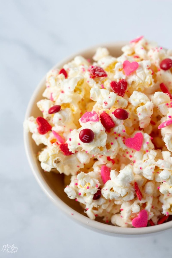 White Chocolate Popcorn for Valentine's Day